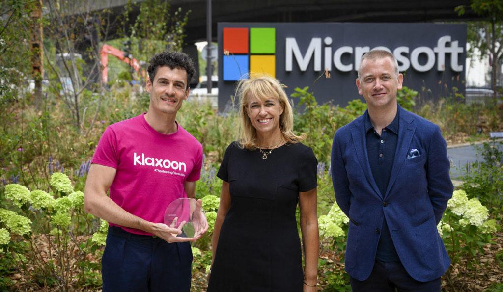 Remise du prix Partner of The Year 2020 de Microsoft, en présence d'Agnès Van de Walle, directrice Partenaires et Start-ups et de Carlo Purassanta, Président de Microsoft France.