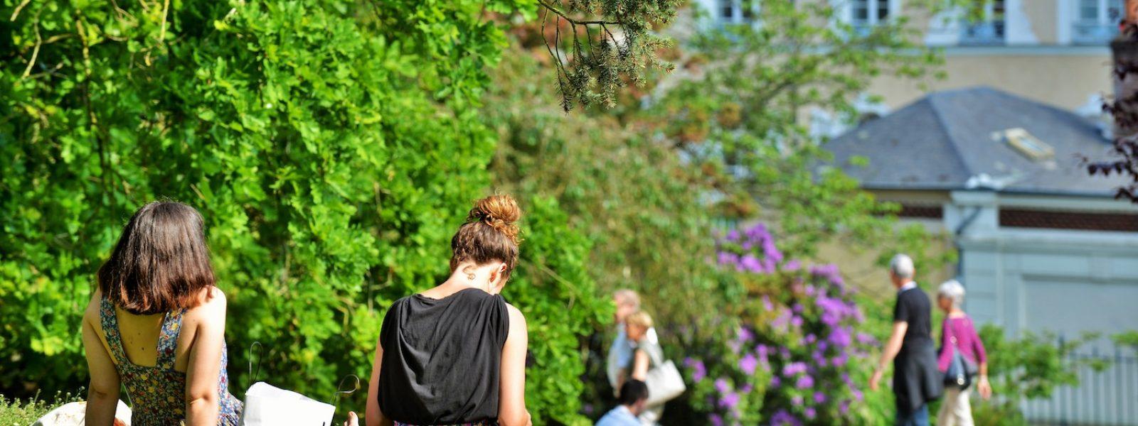 Etudiants Parc du Thabor à Rennes